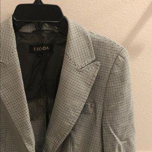 New vintage Escada Price of Wales plaid blazer